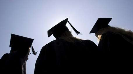 Expert weighs in on high school students graduation