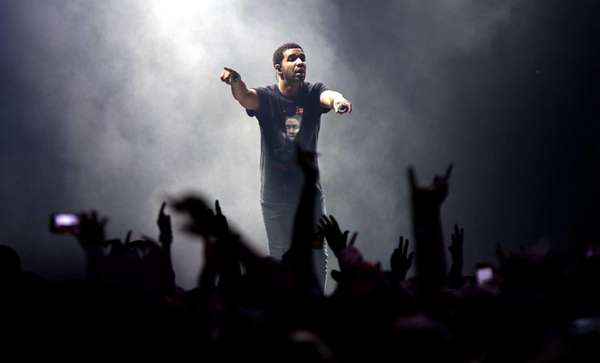 Drake takes the stage at Forest Hills Stadium