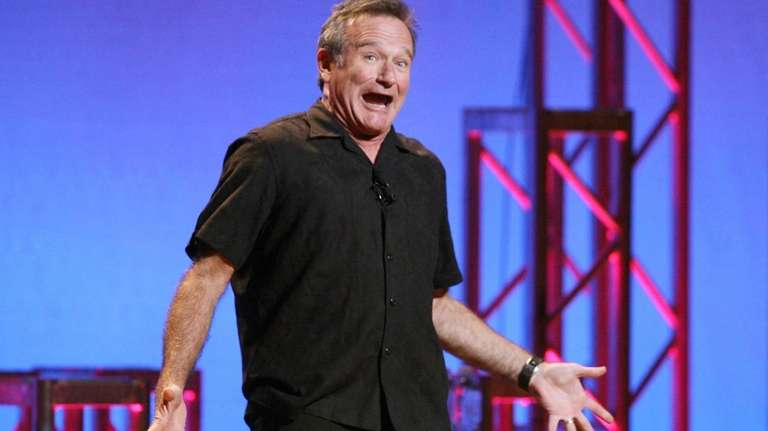 Robin Williams performs his stand-up show,