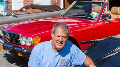 Customized license plates help prostate cancer survivor Sandy