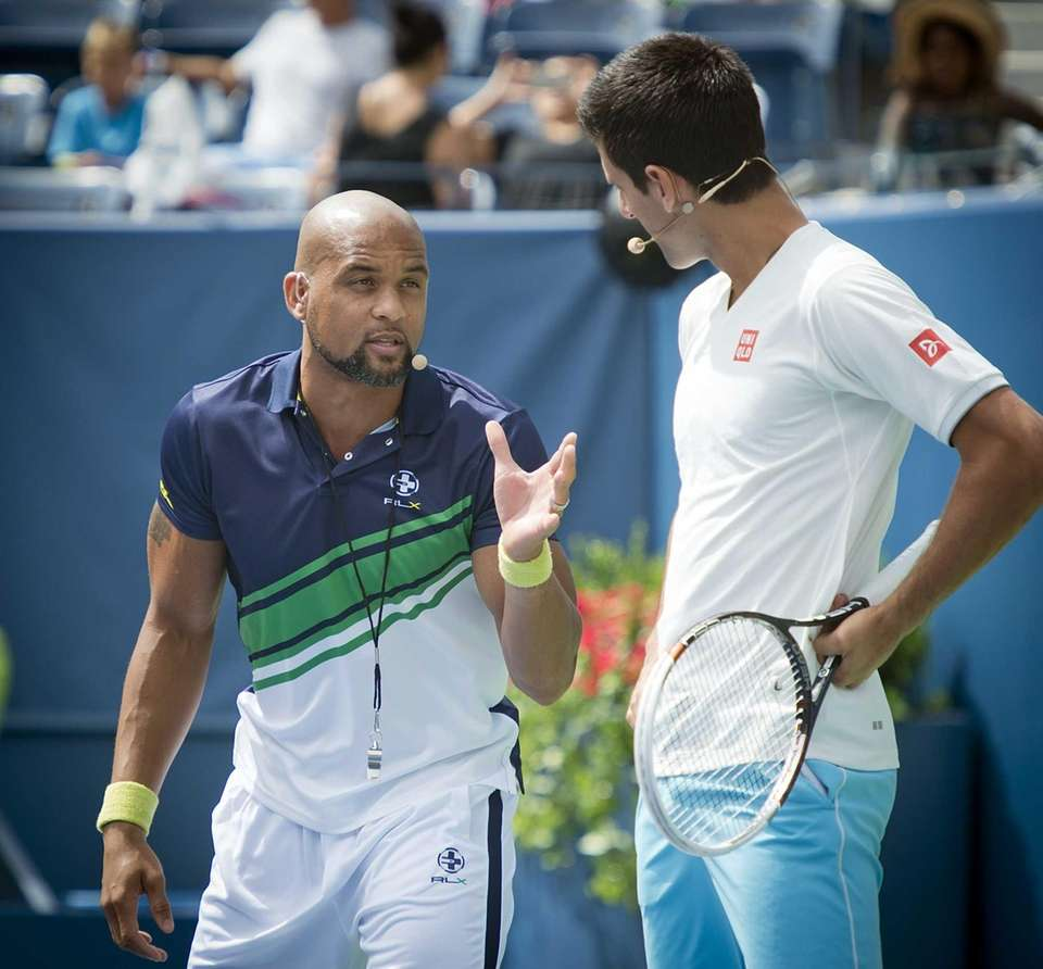 Insanity exercise guru Shaun T gives Novak Djokovic