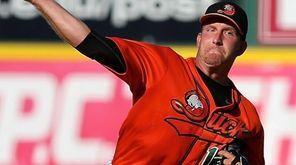 Long Island Ducks starting pitcher Bobby Blevins delivers