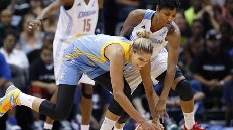 Chicago Sky's Elena Delle Donne and Atlanta Dream's