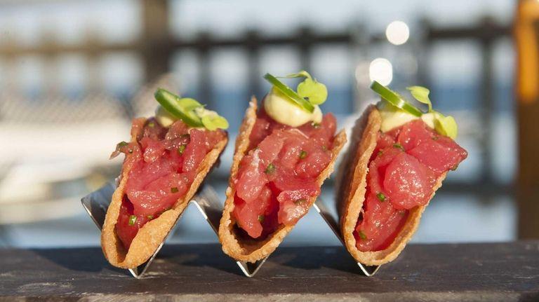 Refined tuna tartare tacos with molecular soy-sauce