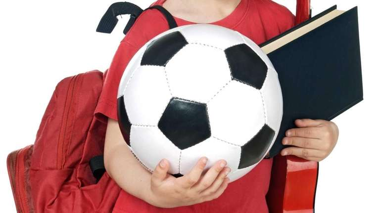 Local moms and experts weigh in on juggling