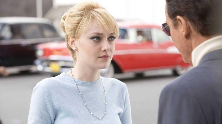 Dakota Fanning as Beverly Aadland in