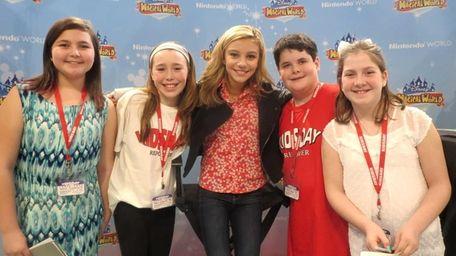 Kidsday reporters (l) Jessica Cafarella, Delia O'Farrell, Matthew