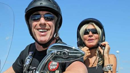 Dee Snider and his wife, Suzette, prepare to