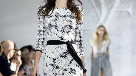 Kendall Jenner models Diane von Furstenberg's Spring 2015
