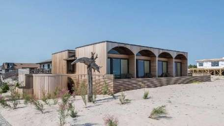 An Ocean Beach contemporary designed by noted Modernist