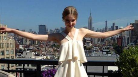 A model at Rachel Zoe's penthouse presentation on