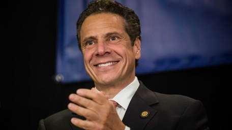 Gov. Andrew M. Cuomo speaks to hotel workers