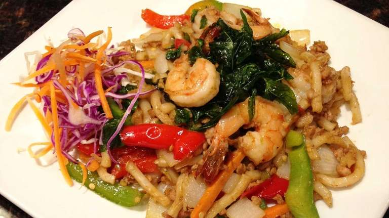 New noodles at Frankly Thai in Franklin Square   Newsday