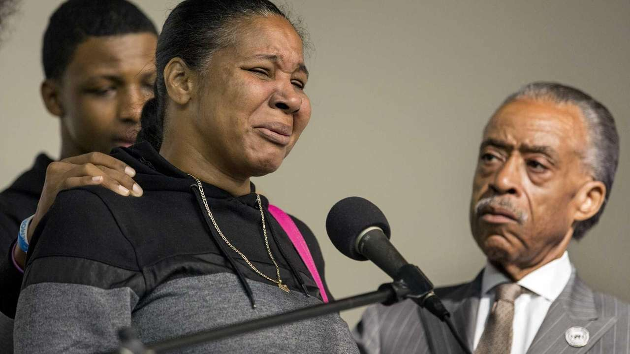 Esaw Garner, wife of chokehold victim Eric Garner,
