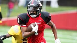 Long Island Lutheran wide reciever Jordan Weeks runs
