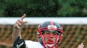 Plainedge's Davien Kuinlan throws against Lynbrook on Saturday,