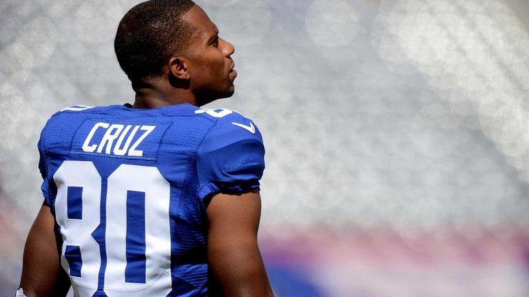 Wide receiver Victor Cruz of the Giants looks
