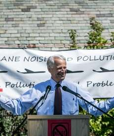 Rep. Steve Israel speaks at a rally at