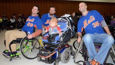 From left, New York Mets players Daniel Murphy,