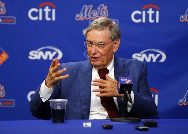 Major League Baseball commissioner Bud Selig speaks during