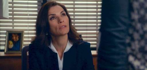 Alicia (Julianna Margulies) in the sixth season premiere