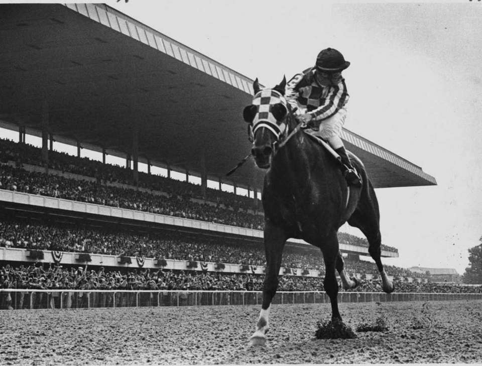 Jockey Ron Turcotte looks back on Secretariat as