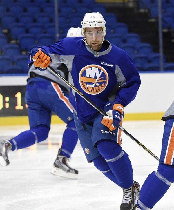 New York Islanders defenseman Calvin de Haan skates