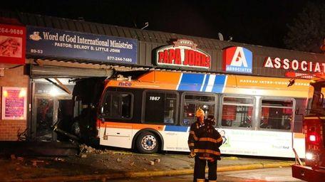 A Nassau County bus crashed into a Papa