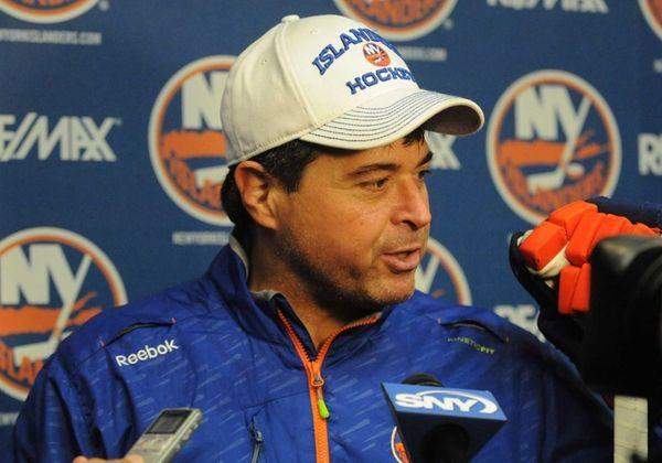 Islanders head coach Jack Capuano speaks to the