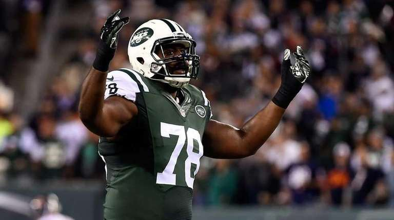 Defensive tackle Leger Douzable #78 of the New