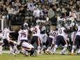 Chicago Bears kicker Robbie Gould (9) kicks an