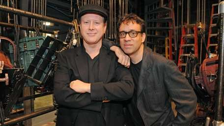 Darrell Hammond was back in Don Pardo's spot