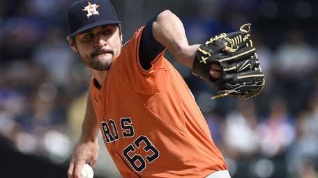 Houston Astros starting pitcher Nick Tropeano delivers against