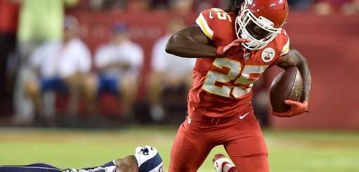 Jamaal Charles #25 of the Kansas City Chiefs