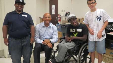 Retired NY Yankees reliever Mariano Rivera with Kidsday