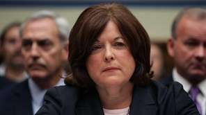 Secret Service Director Julia Pierson prepares to testify