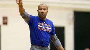 New York Knicks coach Derek Fisher directs practice