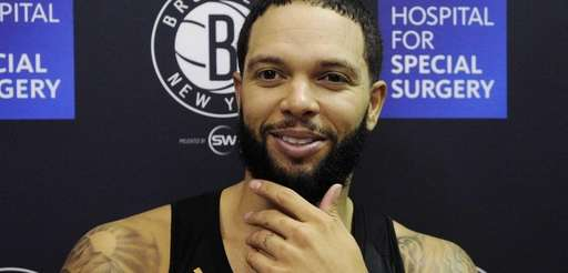 Nets guard Deron Williams responds to questions from