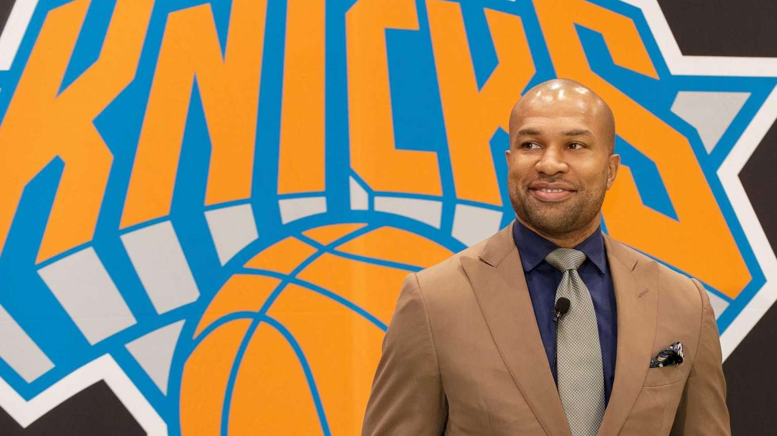 Derek Fisher hired as head coach