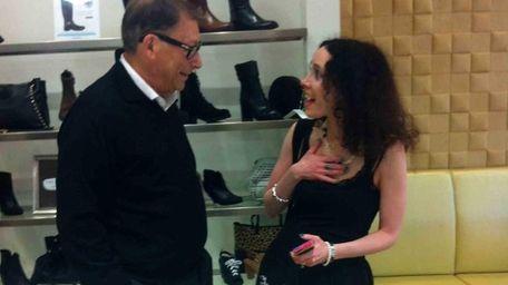 Shoe designer Stuart Weitzman chats with Leslie Liebling-Yardeni