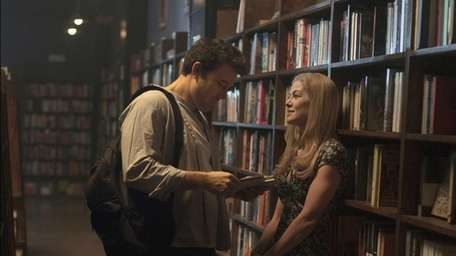 Ben Affleck and Rosamund Pike appear in a