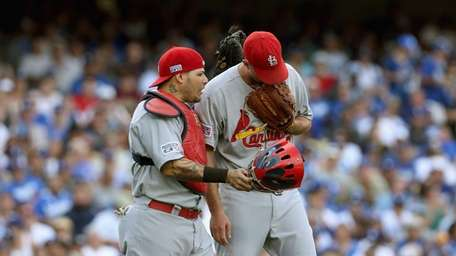 St. Louis Cardinals starting pitcher Adam Wainwright and