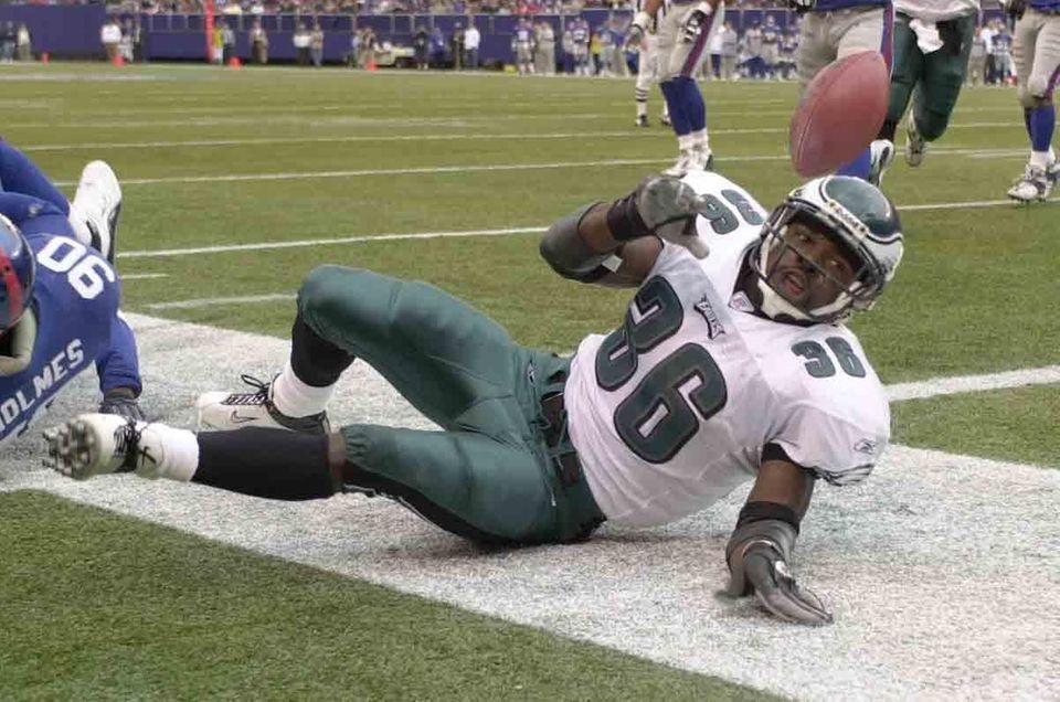 OCT. 19, 2003: WESTBROOK WINS IT Brian Westbrook