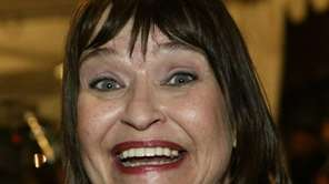 Actress and comedian Jan Hooks on the red