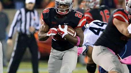 Stony Brook RB James Kenner runs for seven