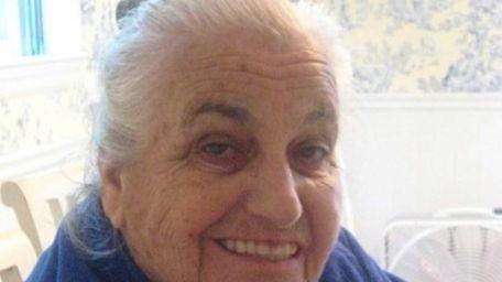 Eva Heimer, who fled Nazi Germany at 16