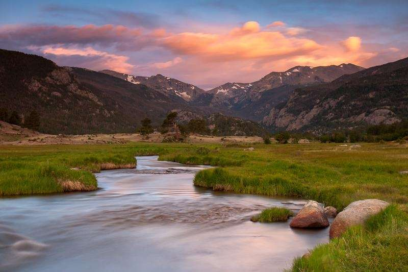 A beautiful sunset at Rocky Mountain National Park