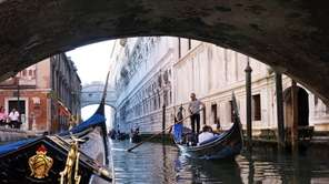 Splurging on a gondola ride in Venice buys