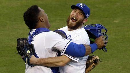 Kansas City Royals relief pitcher Greg Holland and