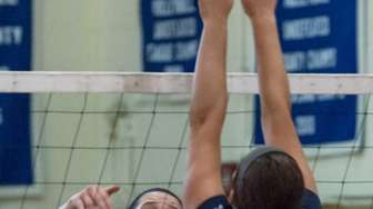 Glenn's Grace Cergol (8, left), gets the ball